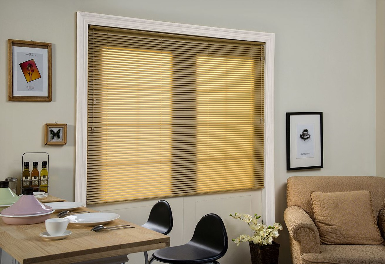 Norman: Mini Blind - 1""