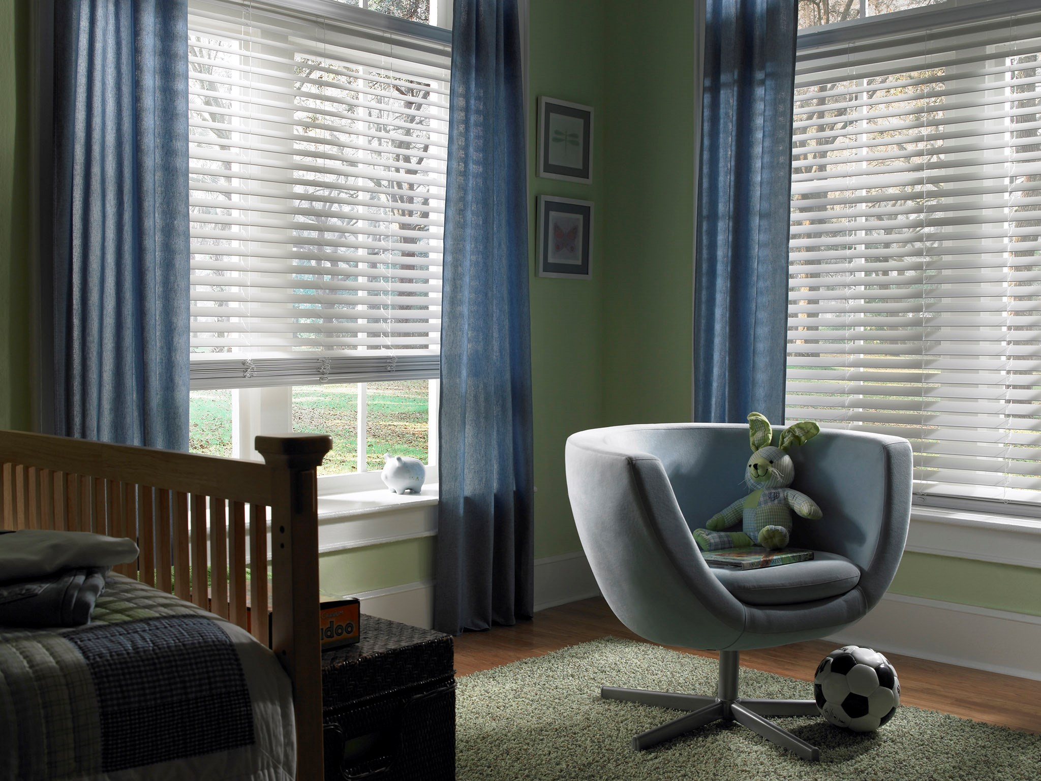 "2 1/2"" Visions Faux Wood Blind"