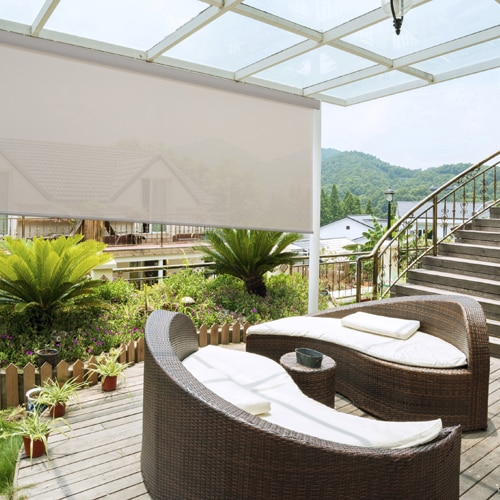 These Outdoor Solar Screen Roller Shades Are Perfect For Outdoor Patios As  They Reduce The Sunu0027s Glare And Help Protect Your Outdoor Furnishings.
