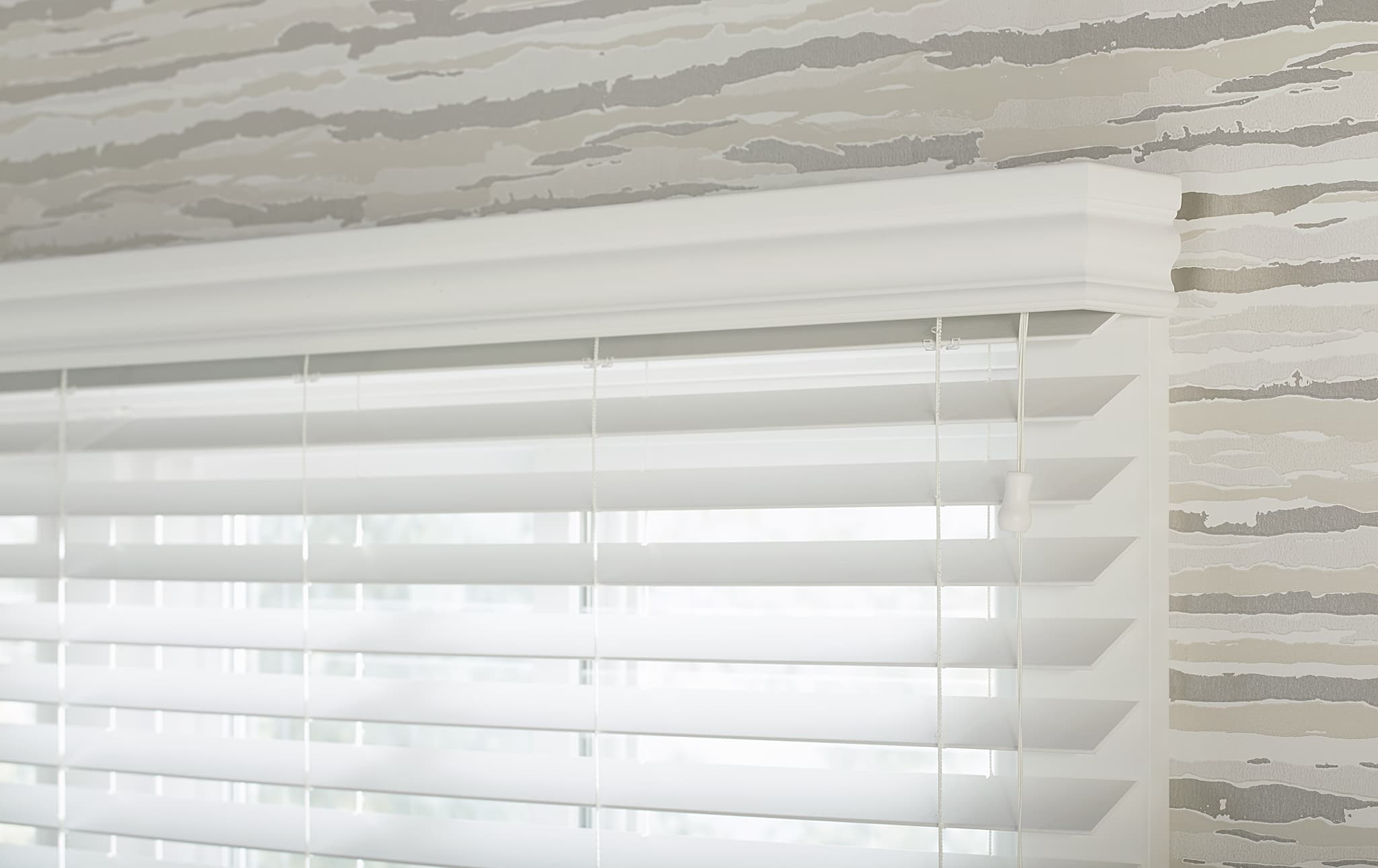 What S The Difference Between Wood Blinds And Fauxwood