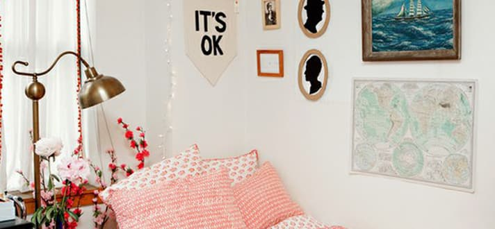 Dream Dorm Decor Deck The Walls The Finishing Touch