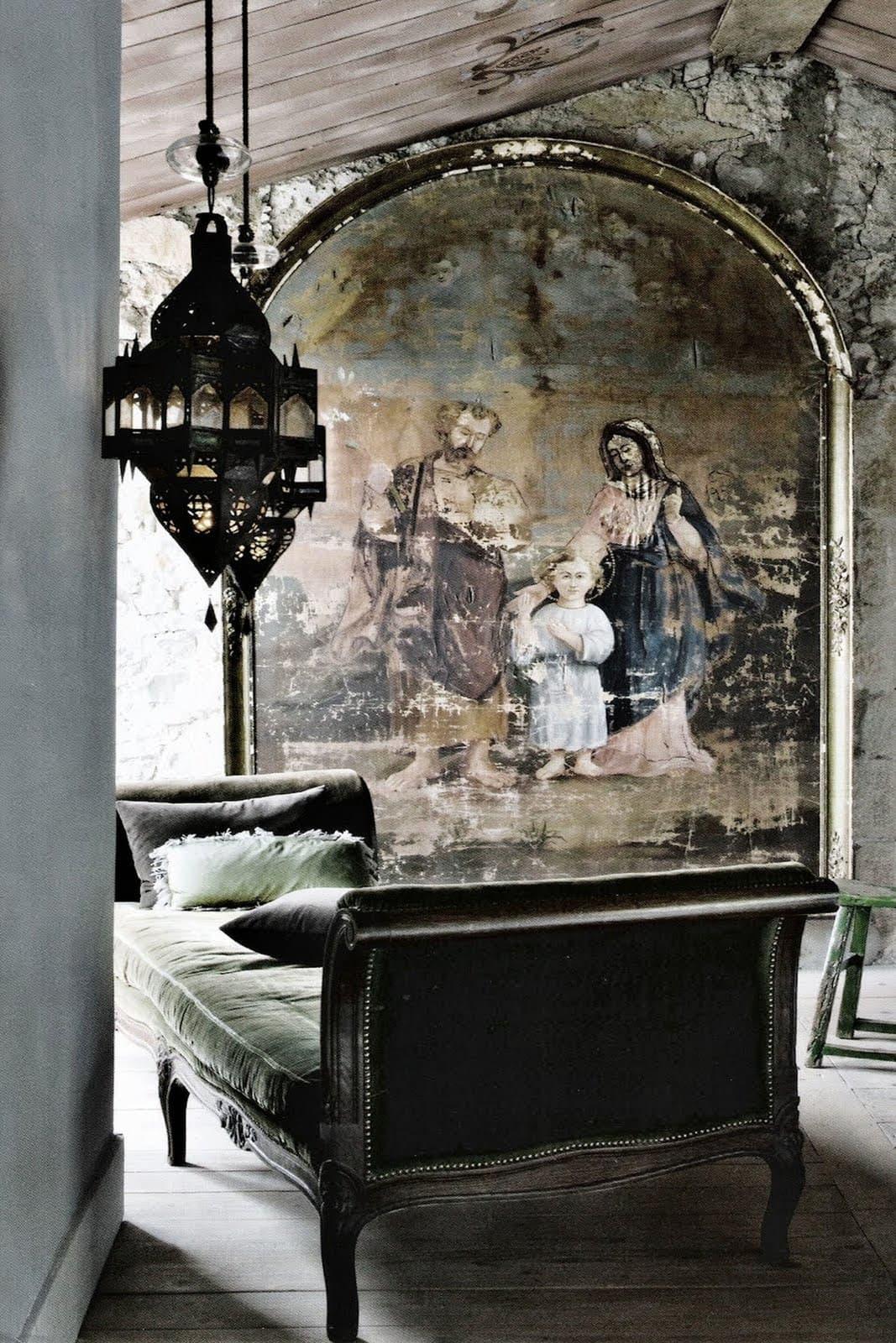 Black Velvet  - Gothic Elegance Decorating