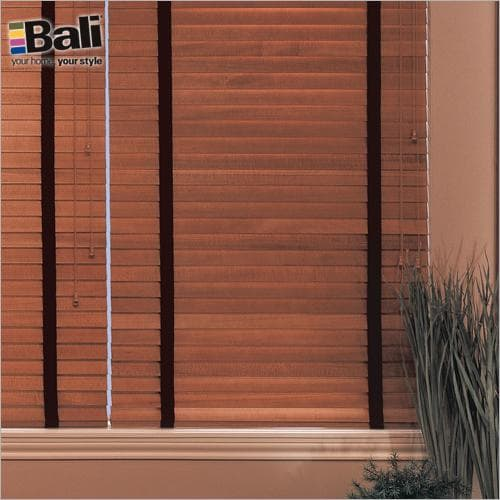 Wood Blinds With Cloth Tapes
