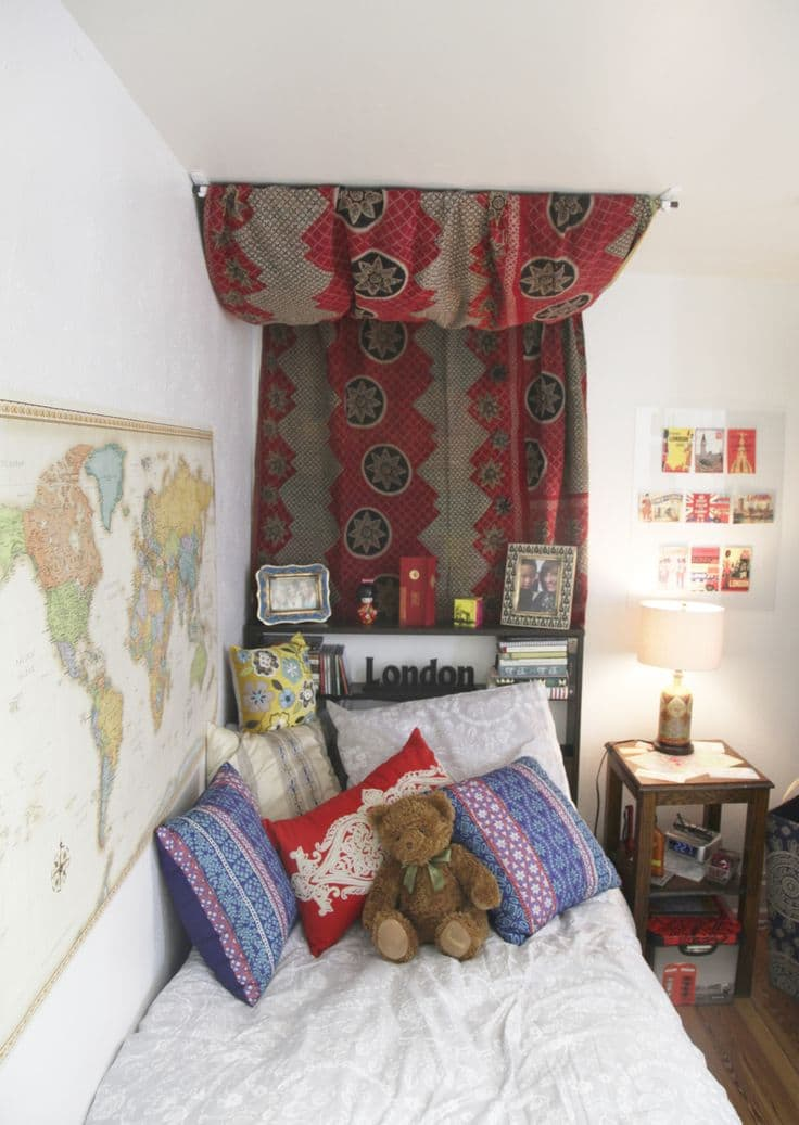 Get The Coziest Bed Ever  Dorm Room Decor ~ 062429_Dorm Room Canopy Ideas