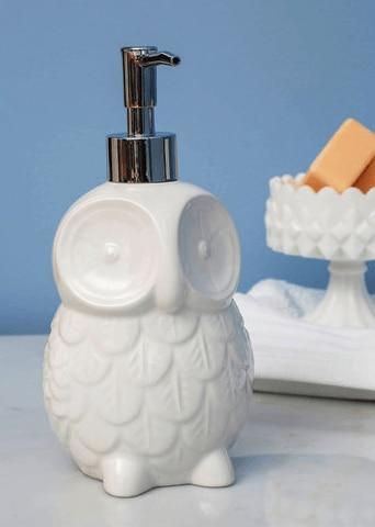 owl soap dispenser Dorm Room Decor 101: Surviving a Tiny Bathroom