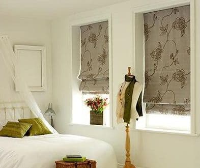 Should I Choose Patterned Or Solid Roman Shades