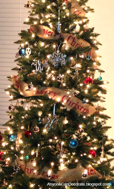 5 Baby Steps To Spice Up Your Christmas Tree Decor