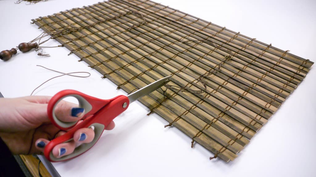 10 surprising ways to reuse old bamboo blinds the for Making bamboo things