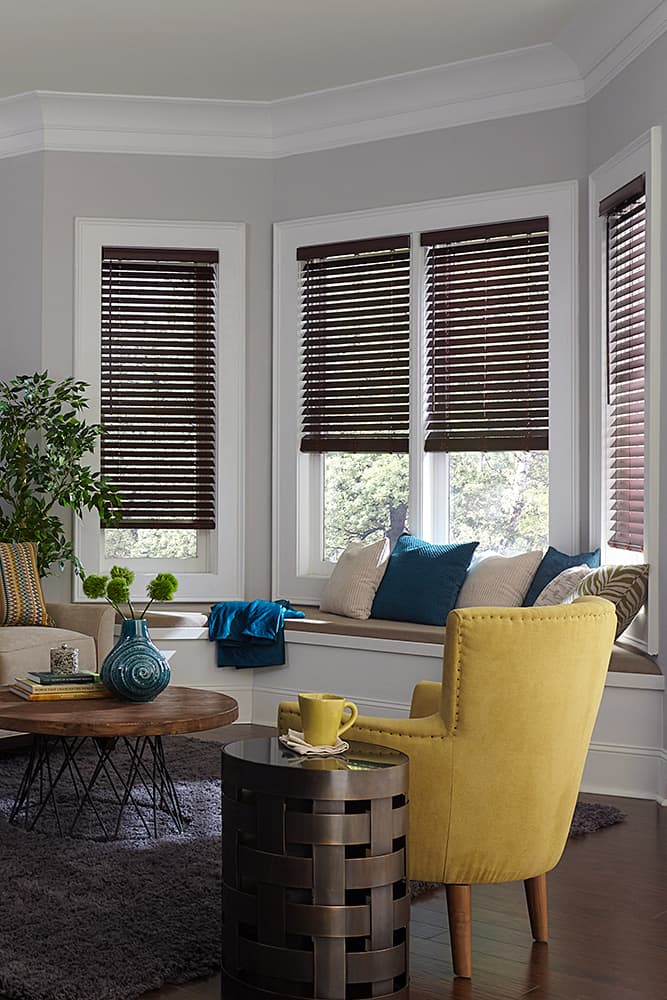 The ultimate guide to blinds for bay windows the for Blind ideas for bay windows