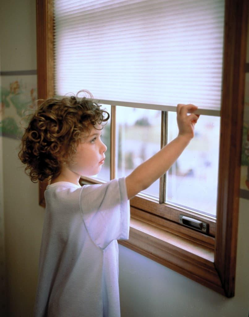 kids blinds. Black Bedroom Furniture Sets. Home Design Ideas