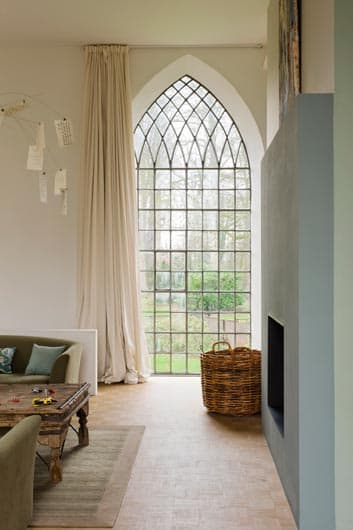Tiny Video Tips 4 Ways To Style Puddled Curtains The