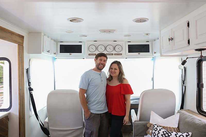 Lovingly Restored Rv Gets Modern Privacy With Roller