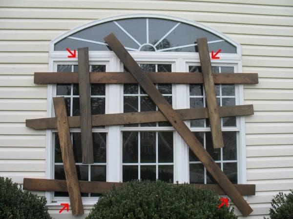 halloween-board-up-windows